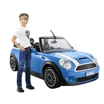 Barbie Ken mit Mini-Cooper
